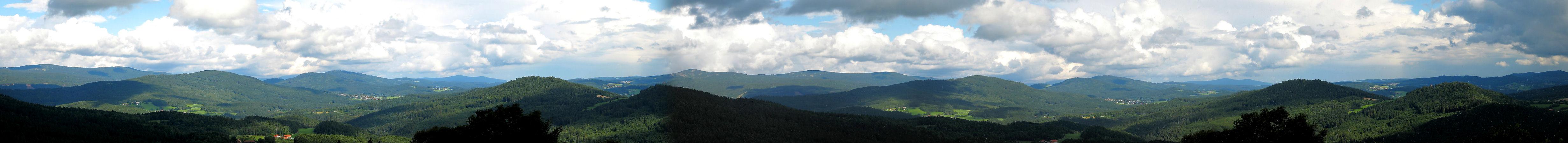 panorama_bayerischerwald_050807_web